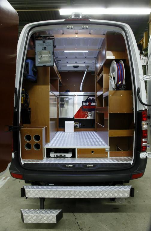 Custom Mercedes Sprinter >> Betimmering - Carrosserie Bakker
