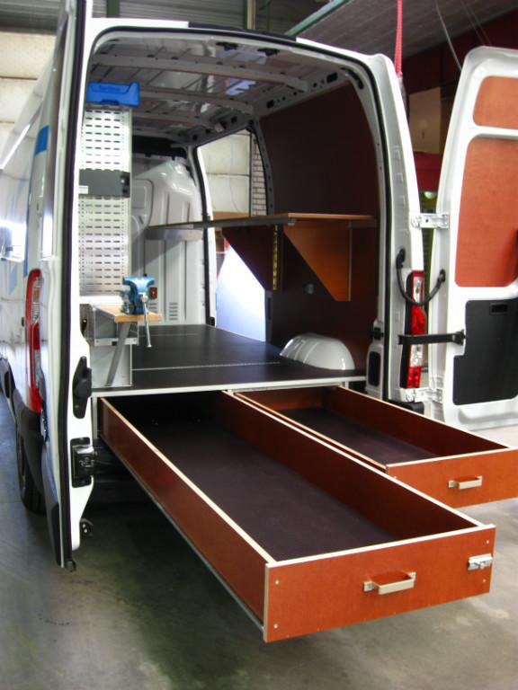 Mercedes Sprinter Van >> Betimmering - Carrosserie Bakker